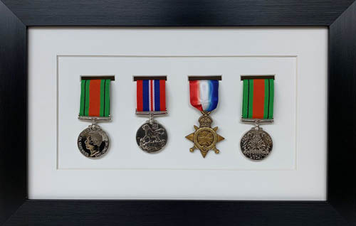 Military / War / Sports Medal 3D Box Picture Frame Fits Four Medal